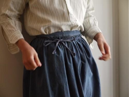 Shirts : Vintage Dress Shirts Sold Apron : Vintage ¥15,000+tax Shoes : Porselli ¥28,000+tax