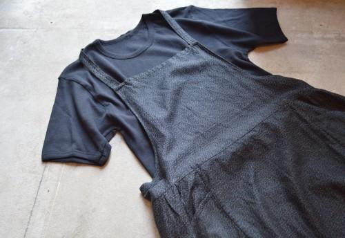Vintage Printed Apron ¥17,000+tax T-shirts ¥3,900+tax
