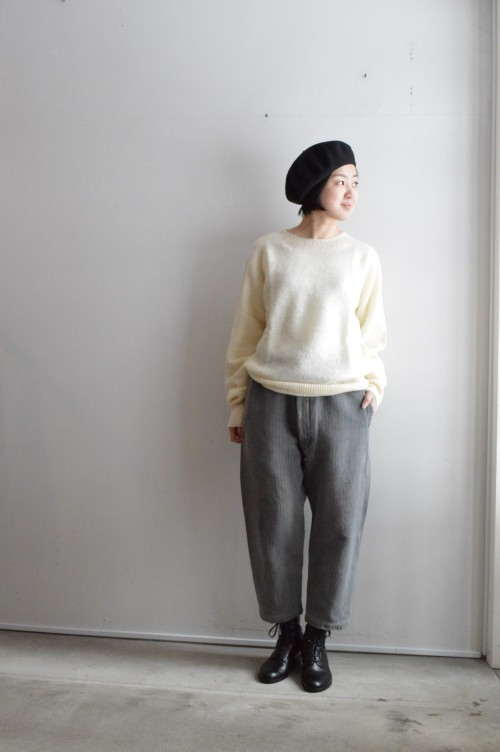 Sweater : ¥21,000+tax Pants : Vintage ¥19,800+tax