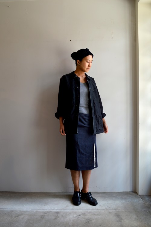 Inner : Schiesser ¥12,000+tax Skirt : Frankleder Shoes : ANATOMICA ¥92,000+tax