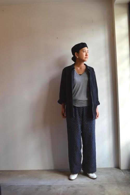 Beret : ANATOMICA Inner : John Smedley Bottoms : 私物 Shoes : ANATOMICA ¥92,000+tax