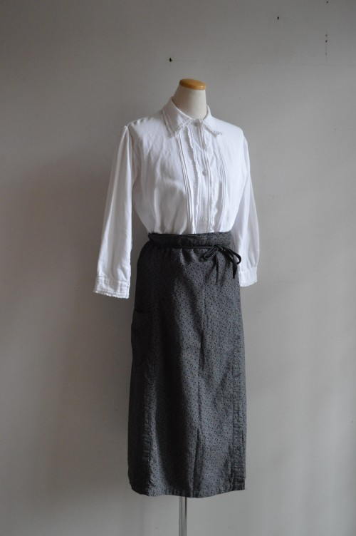 Antique Blouse : ¥32,000+tax