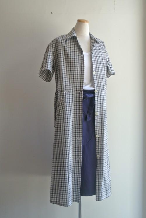 Inner : Schiesser ¥10,500+tax Skirt : OLD TOWN ¥38,000+tax