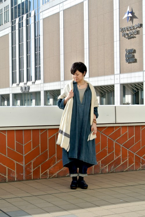Smock : Antique ‥以下Juilletアイテム‥ Stole : Soil Bottoms : OMNIGOD Shoes : DANSKO