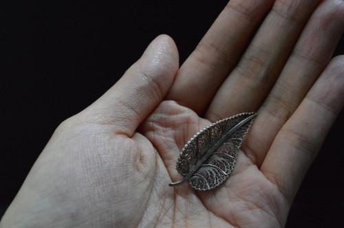 Vintage Leaf Brooch : ¥13,800+tax